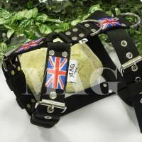 VP11. Čierny vodiaci postroj s UK vlajkou / postroj na obranu